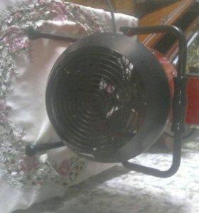 Электрический тепло вентилятор