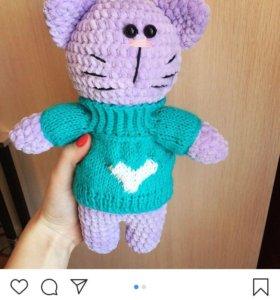 Котик в свитере