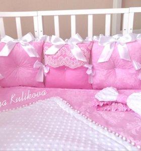 Комплекты в кроватку, коконы, одеяло, конверты.