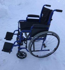 Коляска инвалидная,новая