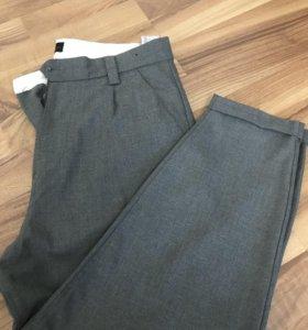 Укорочённые брюки pull & bear