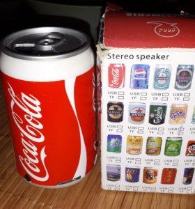 Портативная аудио колонка банка Coca-Cola