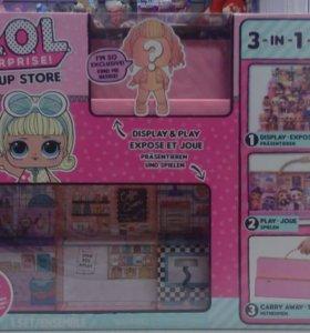 Подиум лол LOL Surprise POP UP store