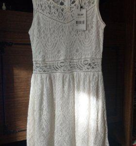 Новое Фирменное платье 44