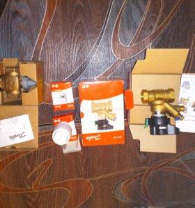 Клапана и термоголовки новые в упаковке