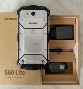 Защищённый Doogee S60 Lite 4/32 ГБ