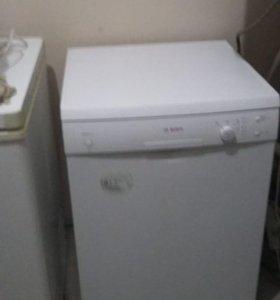 Продаётся посудомоечная машина.