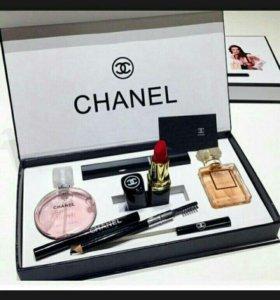 Подарочные наборы от Шанель