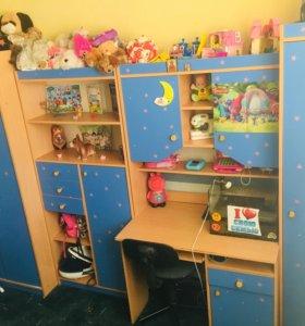 Гарнитур в детскую комнату