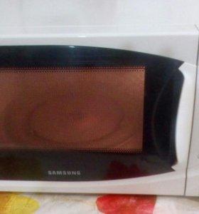 Микроволновая печь: Самсунг M1874NR