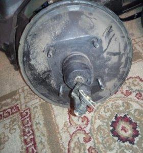 Главный тормозной цилиндр с вакуумником