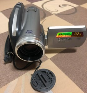 DVD Видеокамера Panasonic VDR-D220