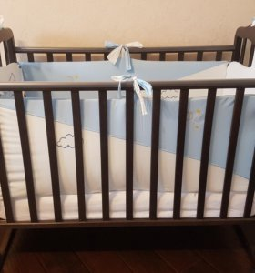 Кроватка новая с матрасом,бортиками,пост.бельем