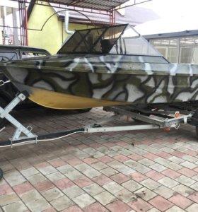 Моторная лодка Крым. Двигатель YAMAHA 15 лошадей!