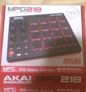 AKAI MPD218 MIDI-КОНТРОЛЛЕР