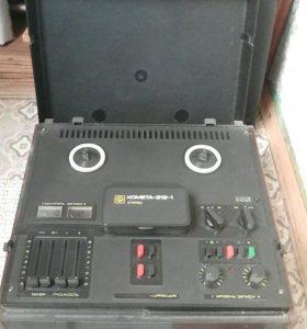 Катушечный магнитофон Комета-212-1