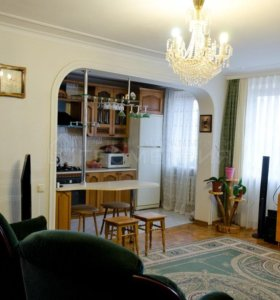 Квартира, 3 комнаты, 77.3 м²