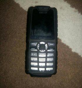Телефон DEXP LARUS F1