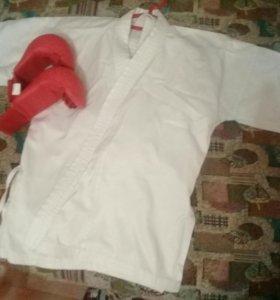 Кимоно с перчатками 130см