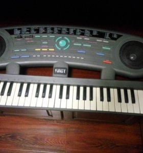 синтезатор ferst