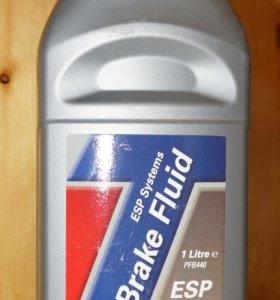 Тормозная жидкость TRW PFB440 1л. Новая. DOT4 ESP