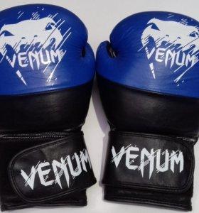 Боксерские перчатки Venum арт. 0401