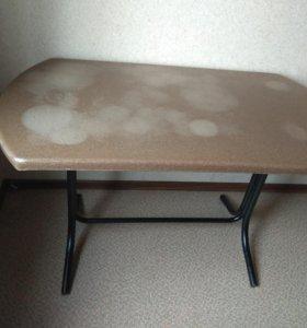 Стол обеденный 1,27×0,7