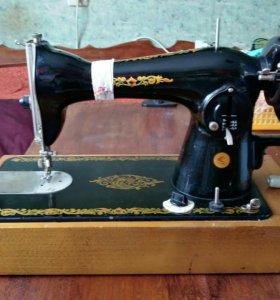 Швейная машинка новая ПОДОЛЬСК,1979 года выпуска .