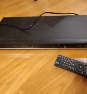 DVD-плеер LG DK-869