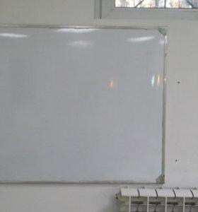 Продаю доску магнитно-маркерную (белая)