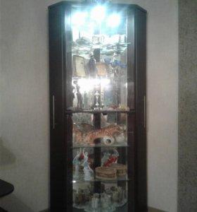 Шкаф-бар для гостинной с подсветкой