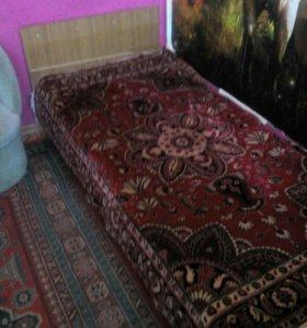 Мини спальня, кровать стенка тумба 2 шт