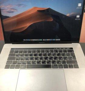 """Apple MacBook Pro 15"""", Touch Bar, 2018 года."""