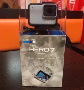 Видеокамера экшн GoPro HERO 7 White Edition