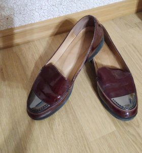 Туфли балетки лоферы нат. Лакированая кожа