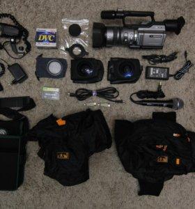 Видеокамера Sony DCR – VX2100E