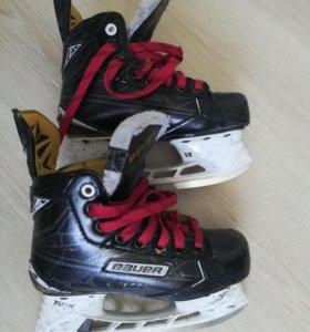 Коньки хоккейные Bauer suprime S180