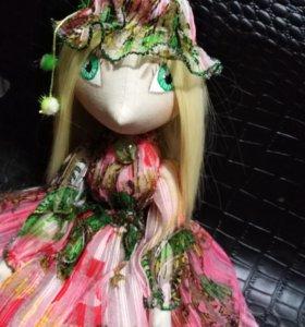 Куколка весна