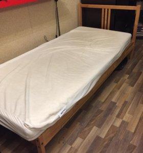 Кровать с электроприводом на пульте (IKEA)