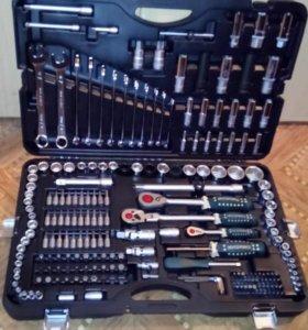 Усиленный набор инструментов на 215 предметов