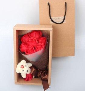 Букет мыльных роз + медведь
