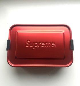 Supreme SIGG small box