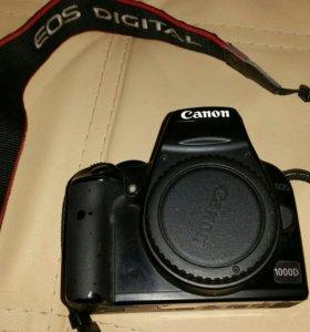 Зеркальный фотоаппарат Canon 1000 d