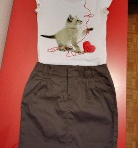 Комплект - юбка и футболка.