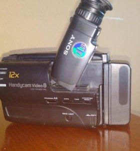 Видеокамера Sony CCD-TR380E
