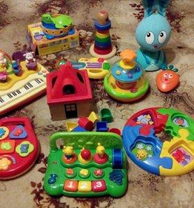 Игрушки музыкальные и развивающие