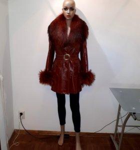 Есть видео, Кожаное пальто с мех.подстежкой 42-46