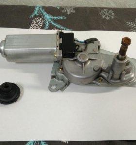 Мотор стеклоочистителя (задний) toyota 85130-52020