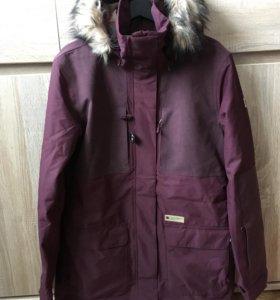 Новая сноубордическая куртка DC