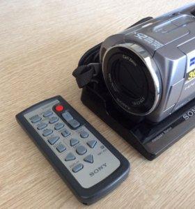 Видеокамера SONY с жёстким диском 30G